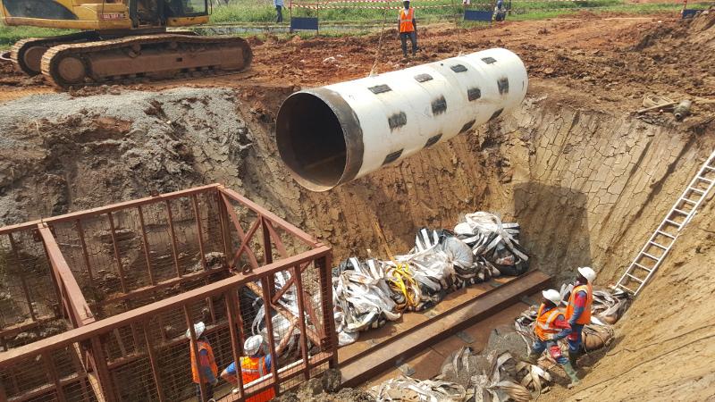 Колосок из стали – стальной молот TR 565 успешно забивает в Уганде, Рис 4