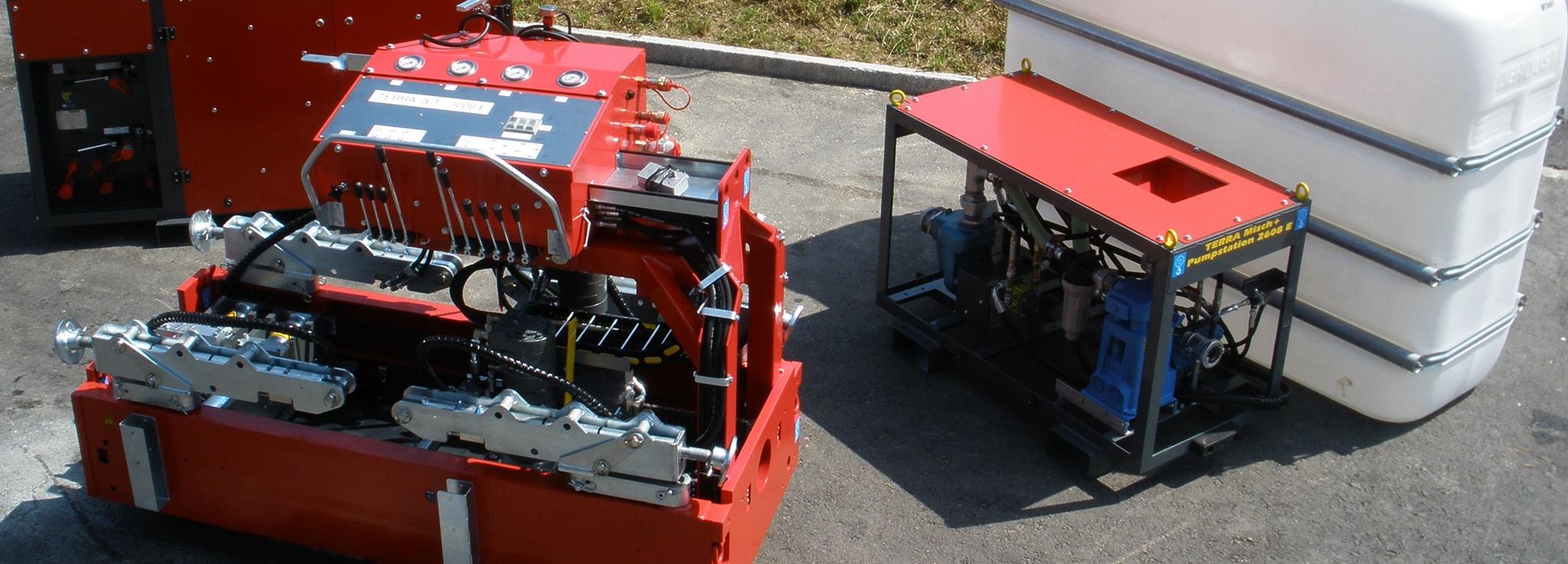 Trenchless Technology HDD drilling machines and piercing tools